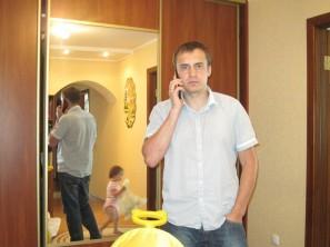 Tooky T88 в руках во время звонка