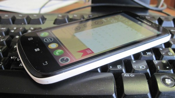 Android смартфон Lenovo A800
