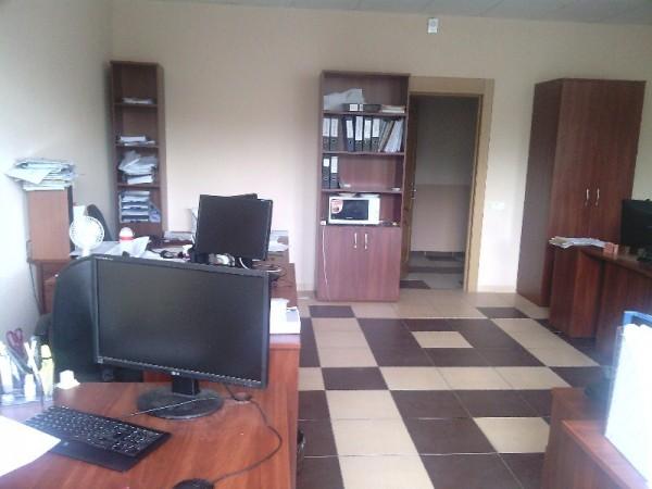 Фото с Onda V812 - офис