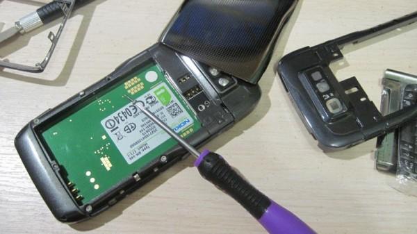 Разбираю Nokia E71
