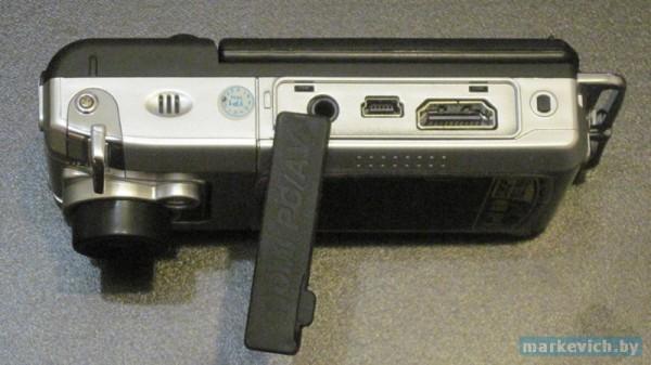 Anytek F900D - торец с разъемами