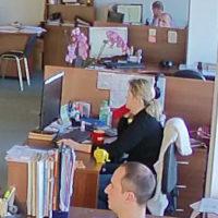 Видеонаблюдение за каждым офисным сотрудником