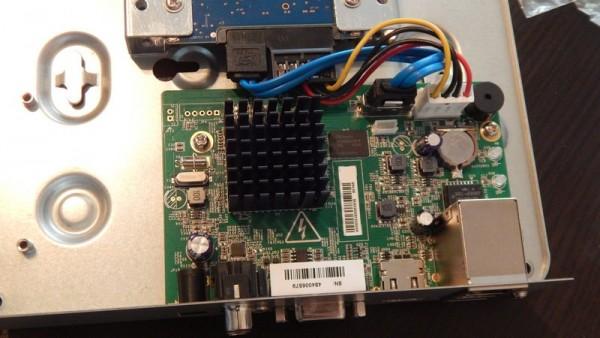 Жесткий диск установлен в видеорегистратор