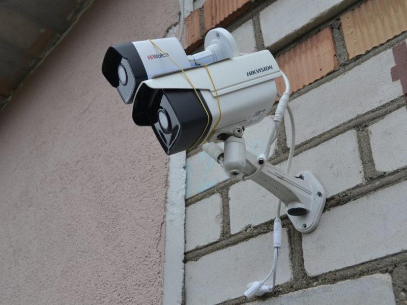 Камеры на фасаде