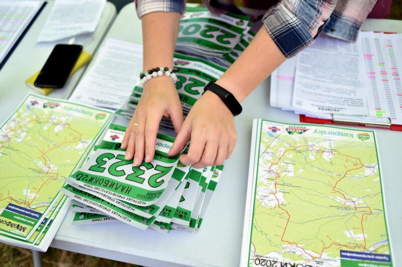 """Стол регистрации, марафон """"Налибоки"""" 2020"""