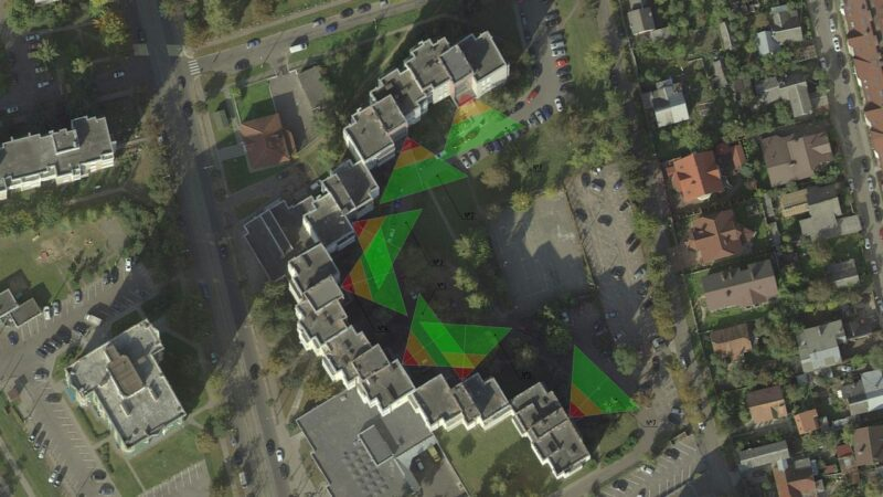 Зоны обзора камер видеонаблюдения на территории жилого дома обслуживаемого ЖЭУ