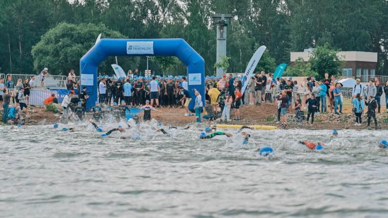 Минский Триатлон: 1 этап: плавание