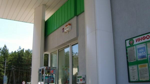 СЗУ на фасаде здания