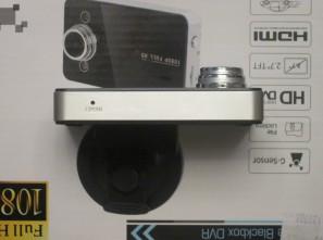 Нижний торец видеорегистратора