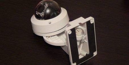 Установка IP камеры DS-2CD2132-I в кронштейн DS-1258ZJ